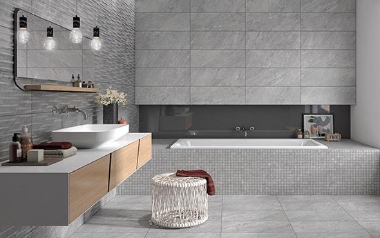 Klinkerserie som använts på badrummets väggar och golv. Där också badkaret är lagt i mosaik.